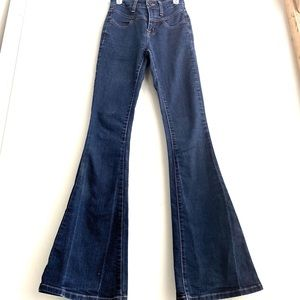 GUESS High Waist FLARE Dark Wash Jeans 23 or 24
